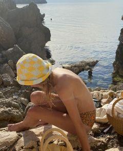 Blue/Yellow Swirl Check Hat